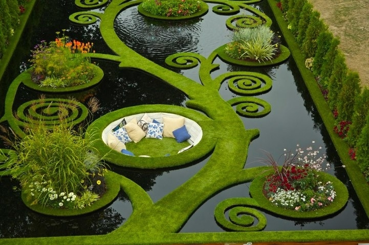 13 Gorgeous Garden Pond Ideas