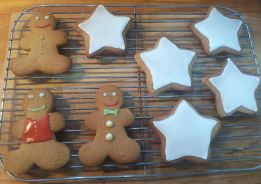 Decorating Home Made Christmas Biscuits